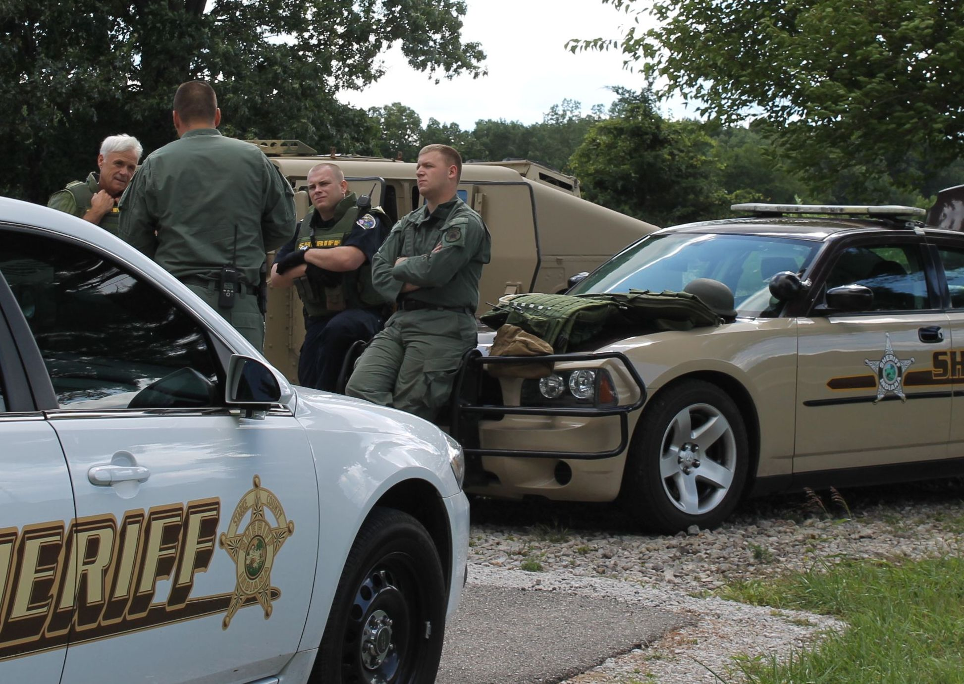 Indiana pulaski county francesville - Swat Team Members Debrief After Tuesday S Call Out In North Judson